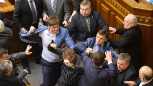 Scuffles in Ukrainian parliament